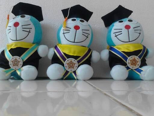 Boneka Wisuda Doraemon · Boneka Wisuda Doraemon ... 77c70f5d57