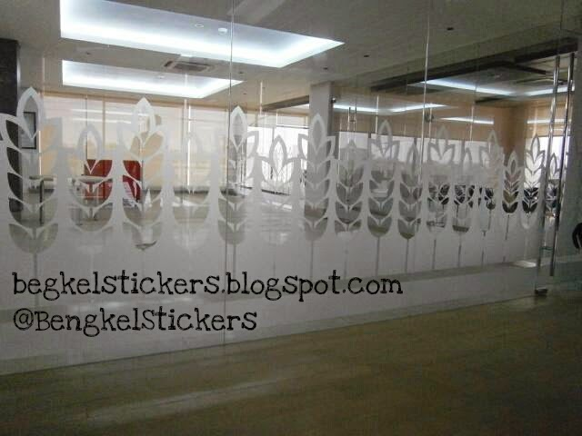 Custom Sticker Sandblast, Motif atau Polos untuk Kaca Rumah, Kantor.