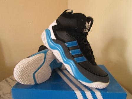 Sepatu Basket adidas adidas FYW division hitam biru original murah ... 013f194b90