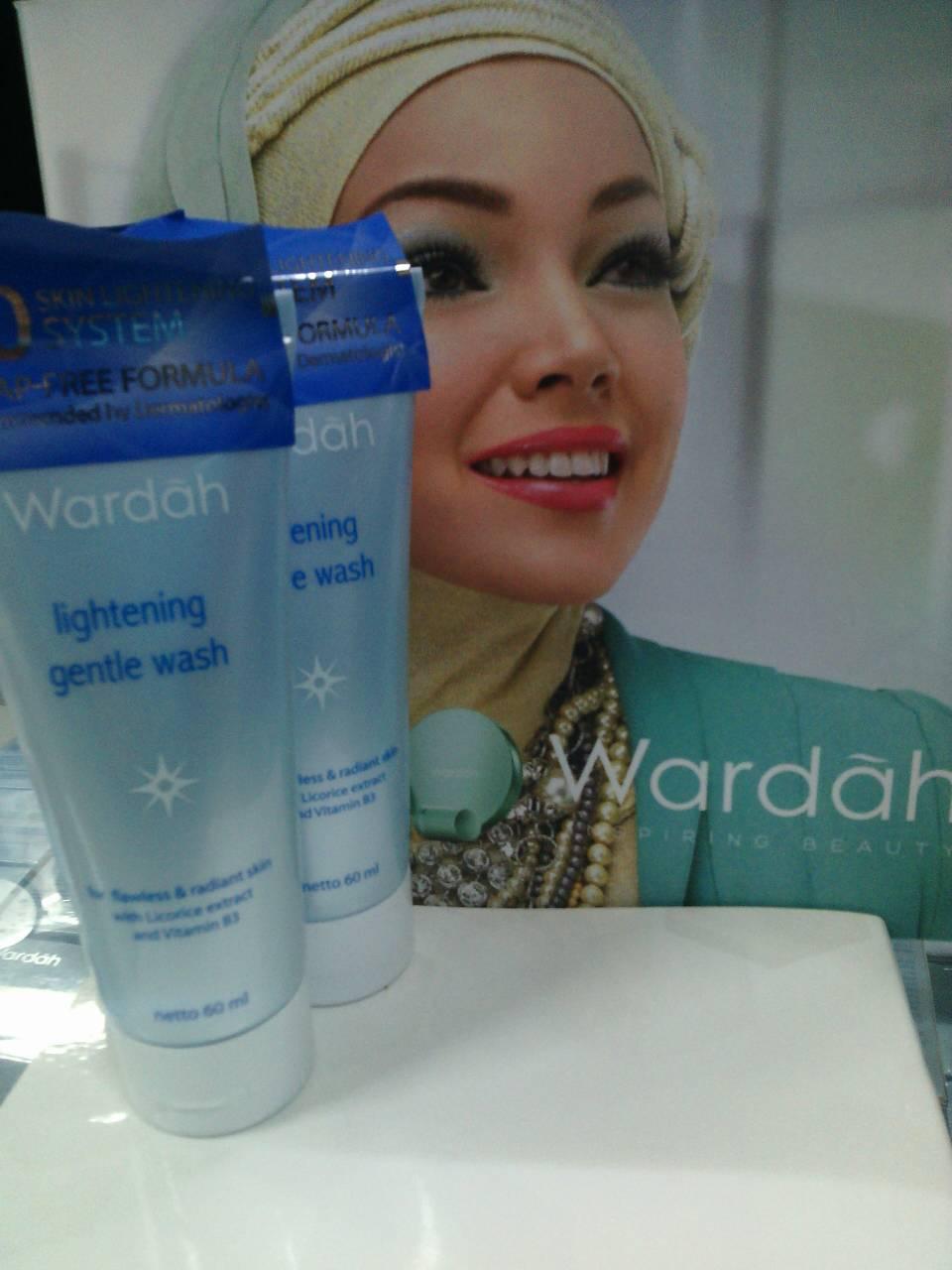 Jual Lightening Gentle Wash Wardah Ld Shopkosmetik Tokopedia Grntle