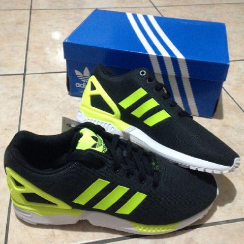 f2ecb83947d9e Jual Sepatu Casual Adidas ZX Flux Size 42 - Sportsite