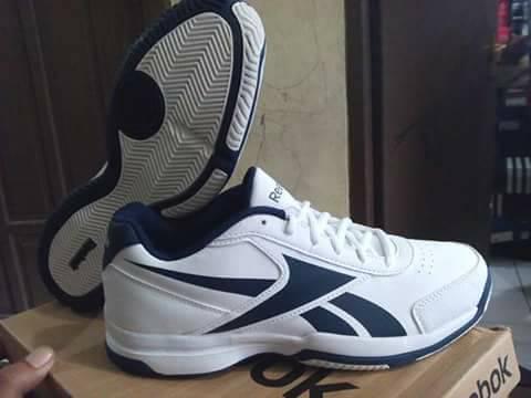 e0cb05915fc harga sepatu reebok original