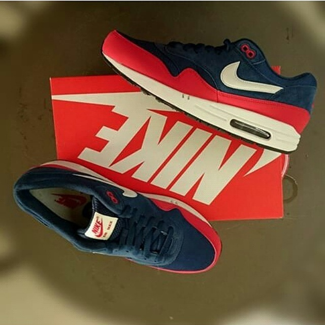 1f5caa8192e nike air max 1 essential mid navy uni blue