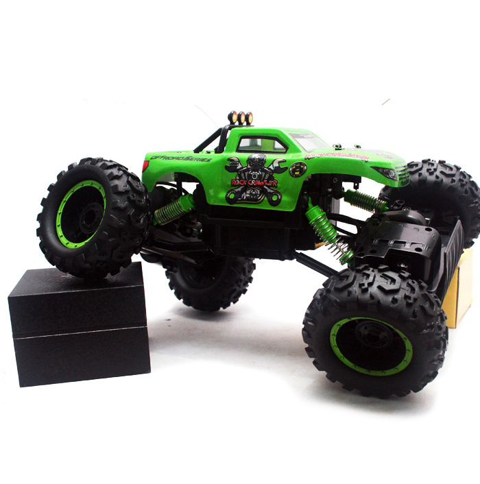 R/C OFF ROAD ROCK CRAWLER TRUK PICKUP 4WD 1:12
