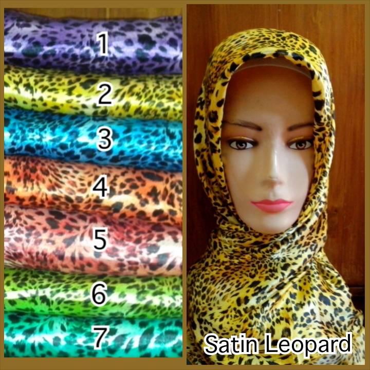 Kerudung Segiempat/Jilbab/Hijab Satin Motif Leopard