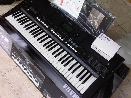 jual yamaha psr e433 udah flash disk keyboard. Black Bedroom Furniture Sets. Home Design Ideas