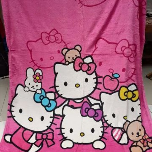 Jual selimut bulu 150 x200 hello kitty .