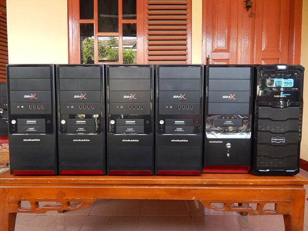 komputer unit 1 : mainboard ecs a55fm3 proc amd a4-3300 apu 2,51 ghz