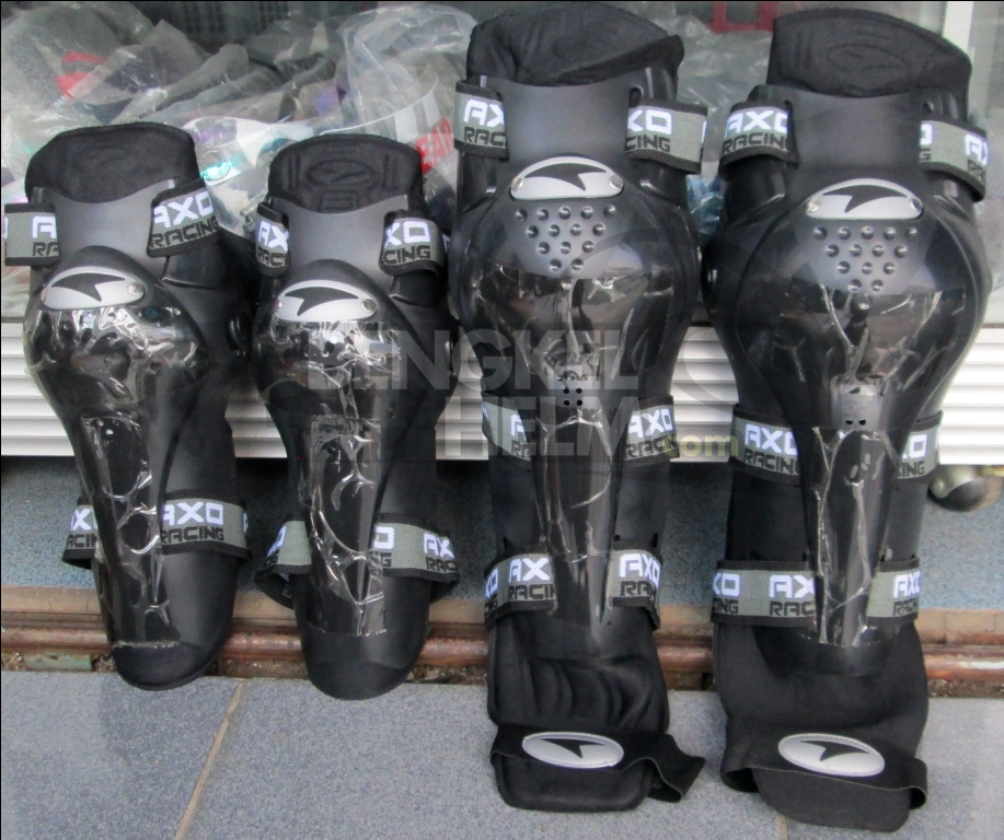 Decker Pelindung Lutut & Siku Axo Hitam