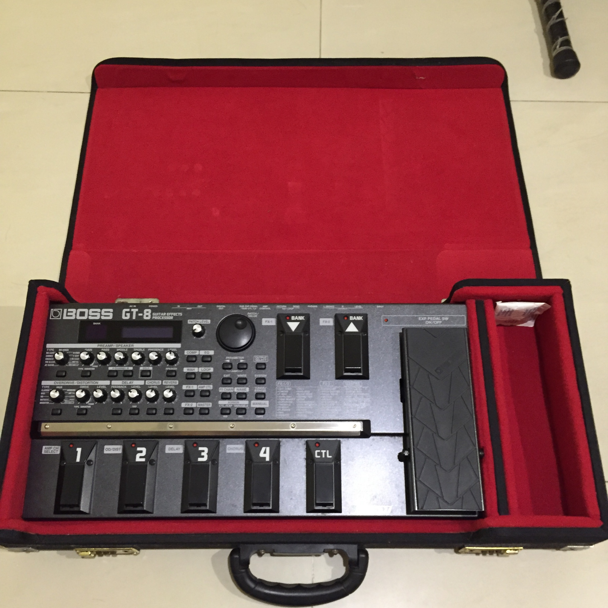 Boss GT-8 + Free Hard Case
