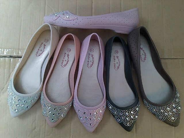 Jual Sepatu Wanita Flatshoes Jelly Bara Bara Mutek Gadis Shoppe Tokopedia .