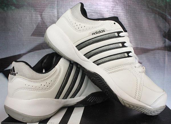 sepatu tennis adidas kw