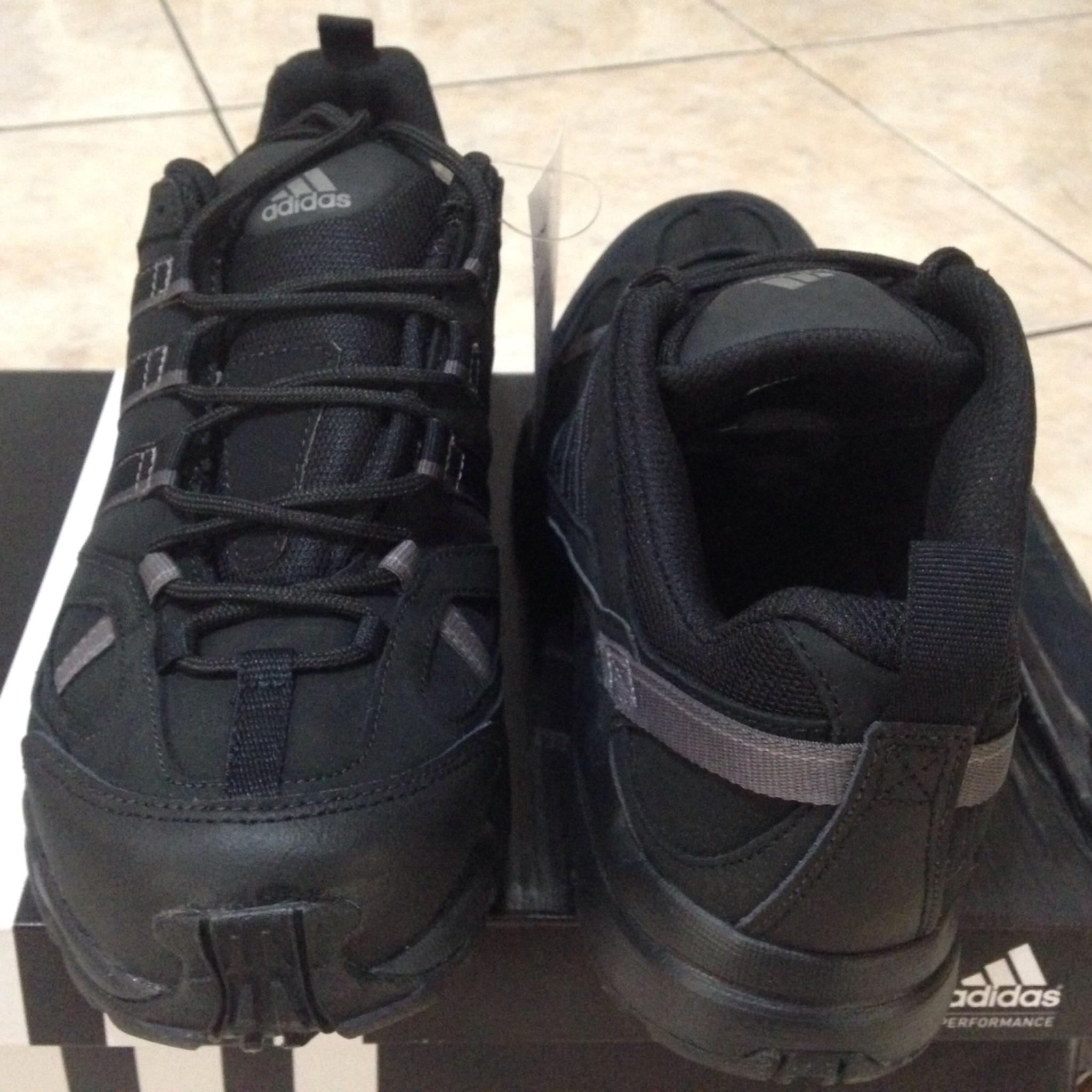 Jual Adidas AX1 Lea Hitam Size 44 Sepatu Gunung Outdoor