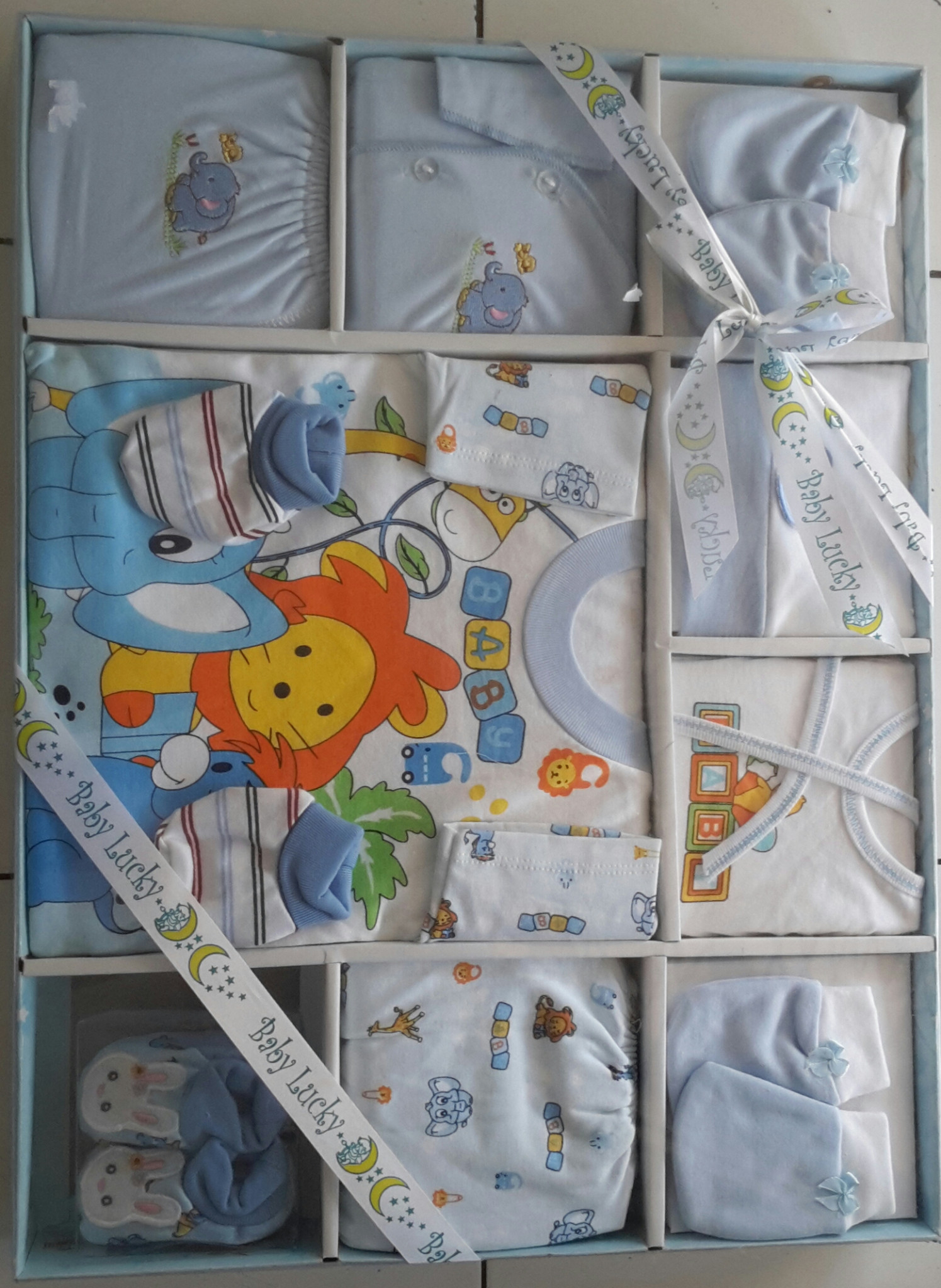 Jual Baby Gift Set Murah Ideas Pigeon Parcel Standard 1 Pa051001 Lucky Jumbo Pakaian Bayi Biru Lion Obral Kado Tukita Tokopedia