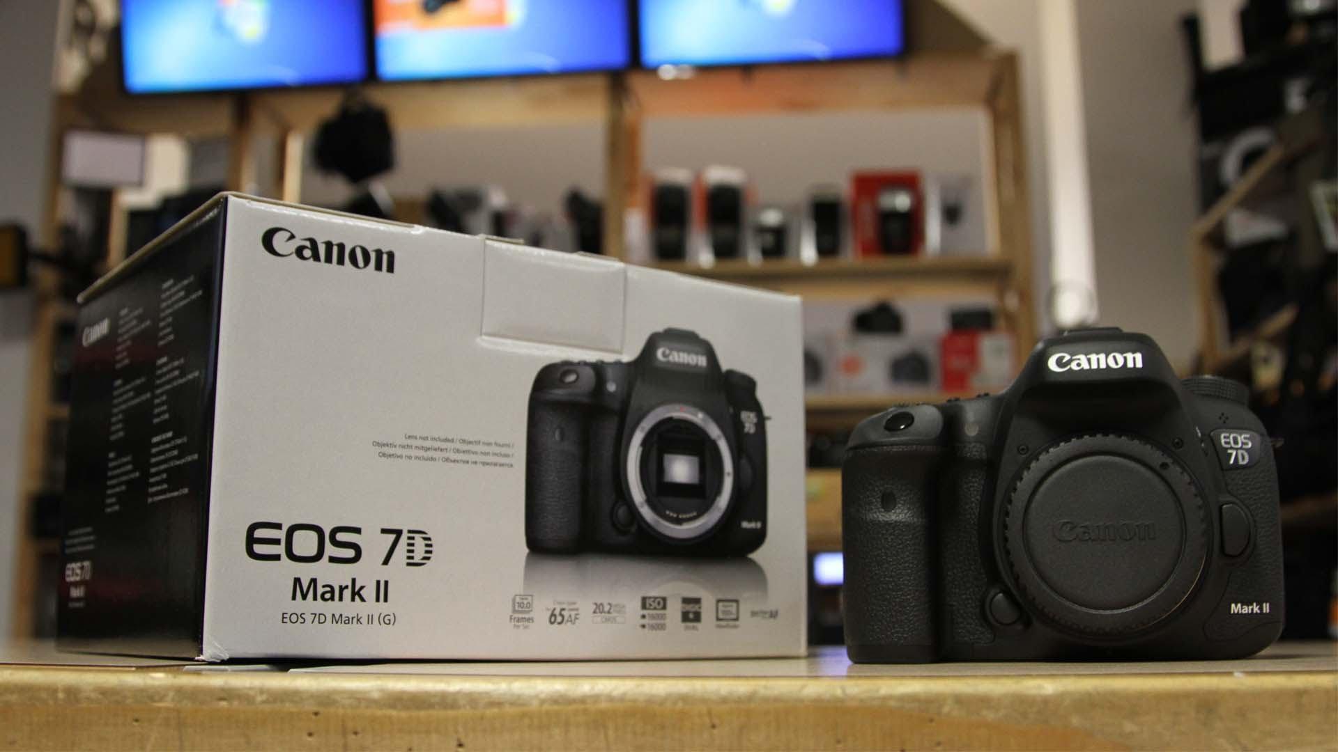 Harga Kamera Canon Eos 7d Mark Ii Archidev Body W E1 Wifi Garansi Resmi