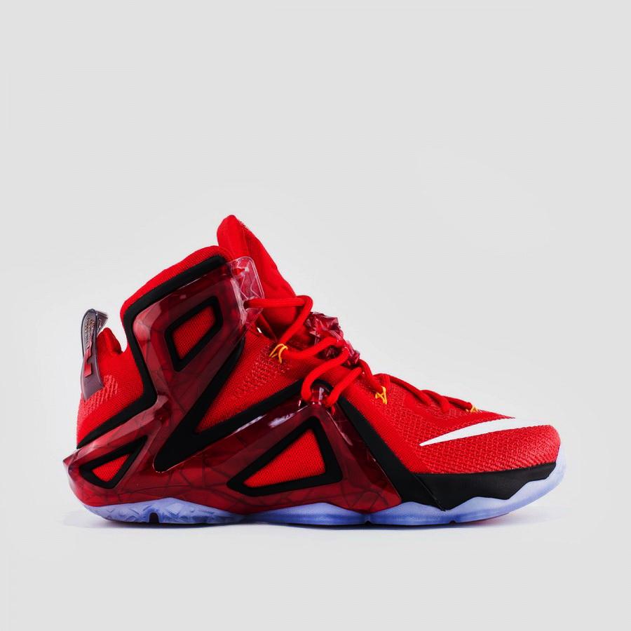 Harga Sepatu Nike Lebron 12
