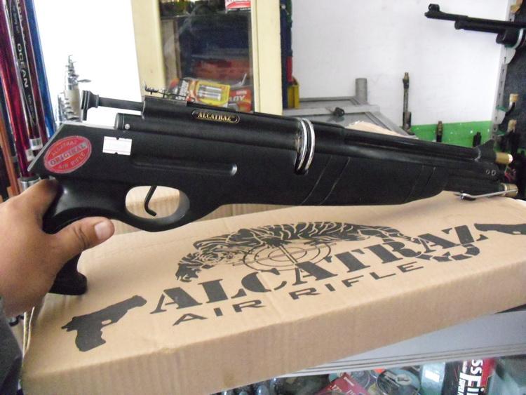 Senapan angin model pistol Gejluk magazen 10  ALCATRAZ