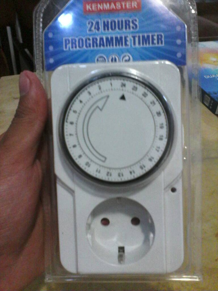 Jual Steker Timer Stop Kontak Otomatis Pengaturan 24 Jam