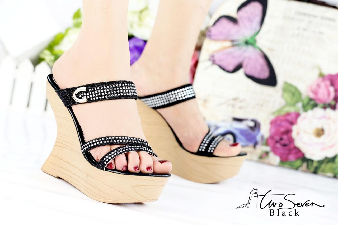 Sepatu Sandal Wanita Import Terbaru