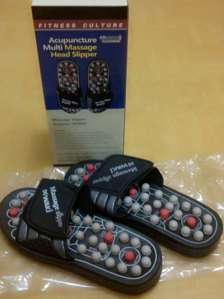 Sandal Kesehatan WAKI : Acupuncture Multi Massage Head Slipper