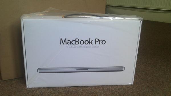 Apple MacBook Pro MD101 Garansi Resmi Internasional 1 tahun