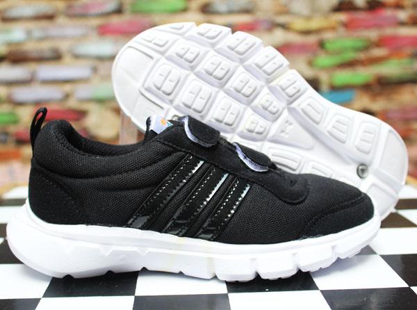 Jual Sepatu Anak Adidas Climacool Kids Hitam Putih (Sekolah ... 3e8b761e53