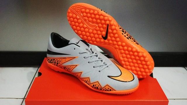 huge sale d1b3c b9f44 sepatu futsal nike hypervenom 2 .