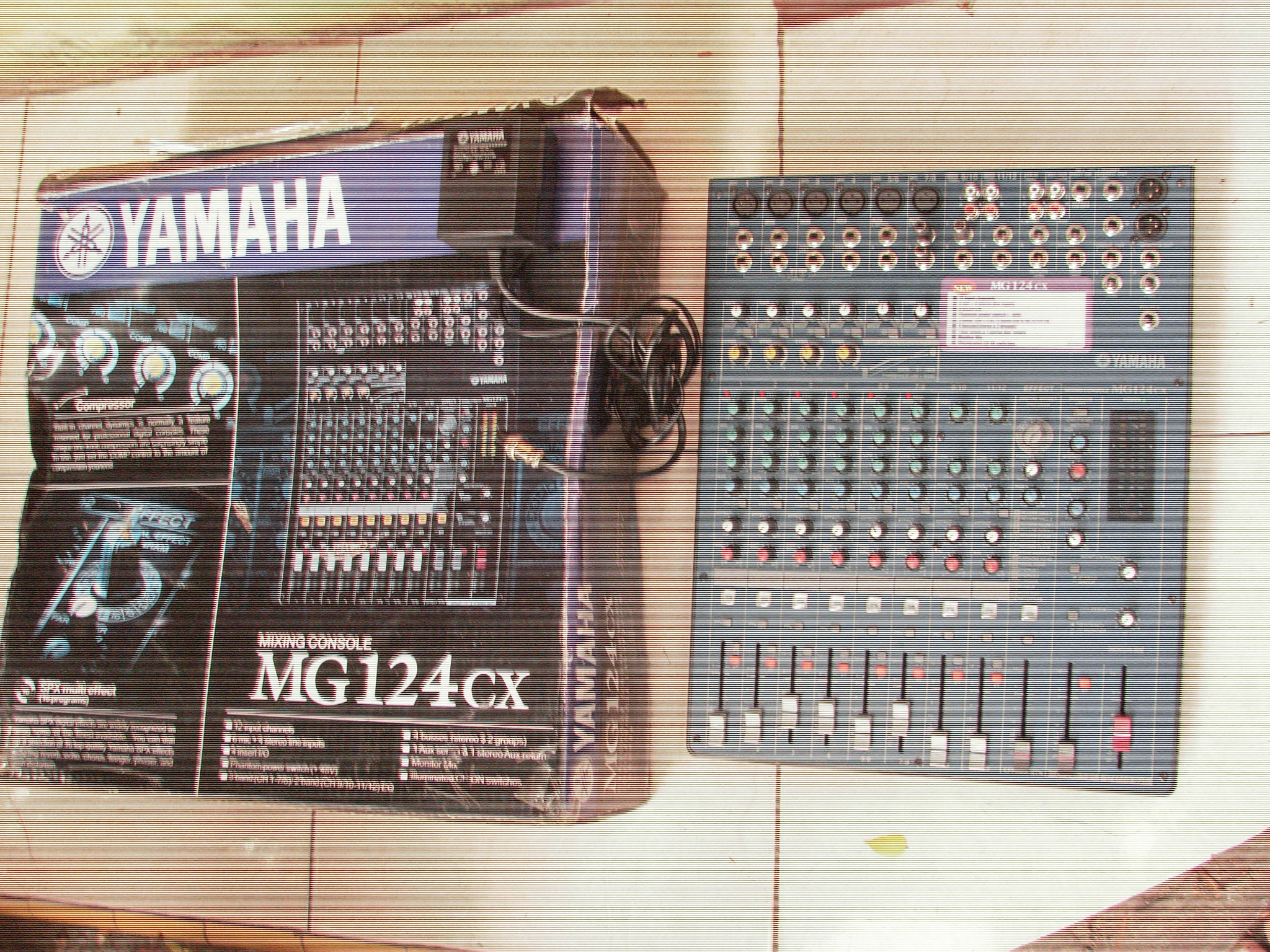Mixer Yamaha MG 124 CX  2nd Ori indo