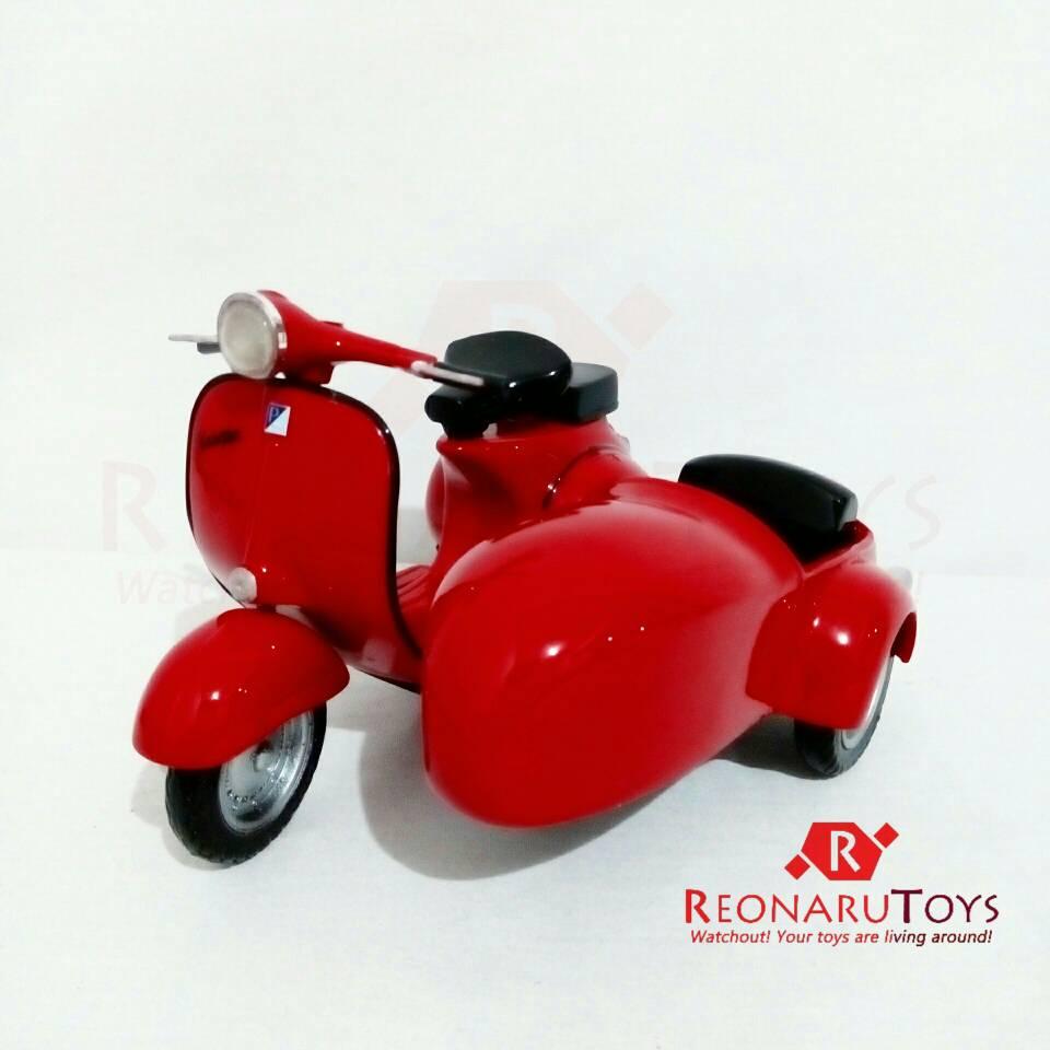Jual Miniatur Vespa Sespan 1/12 - Merah - REONARU TOYS | Tokopedia