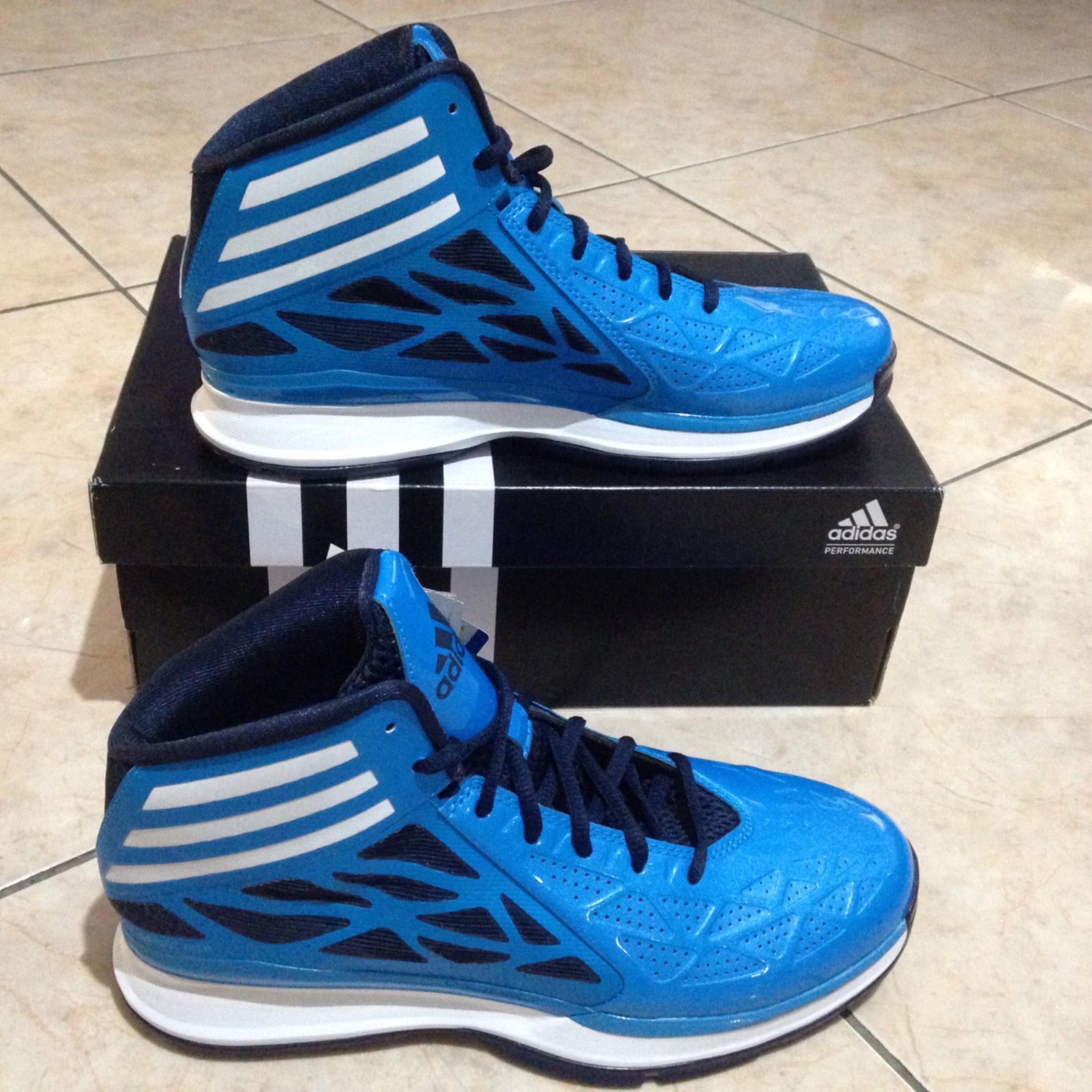 Jual Adidas Crazy Fast 2 Biru. Sepatu Basket - Sportsite  4ba3d8e5fc
