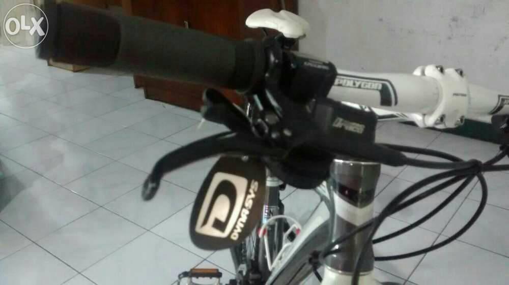 Jual Sepeda Hybrid Polygon Heist 50