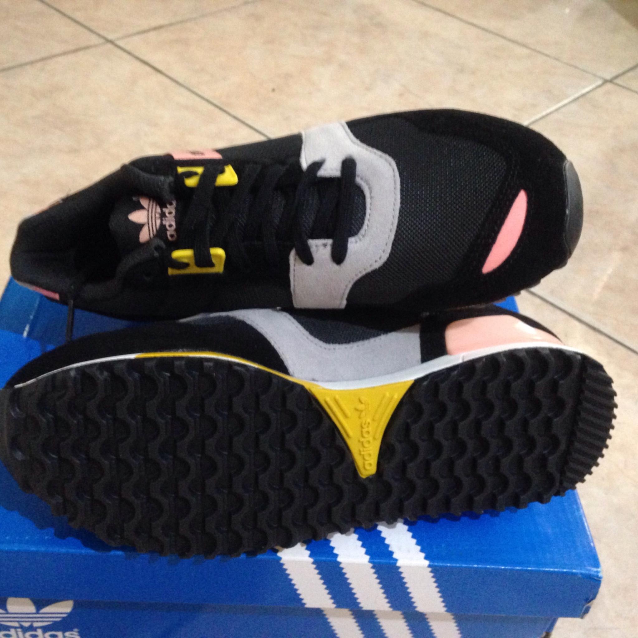 jual adidas zx 700
