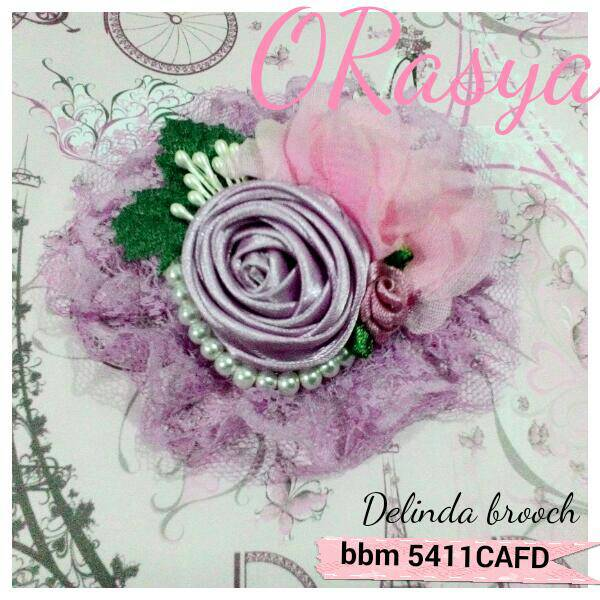 Delinda Ungu brooch / bross / bros jilbab hijab headpiece pesta
