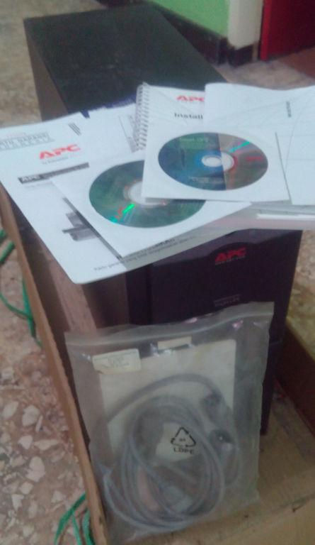 UPS Smart APC SUA2200i