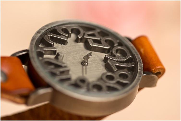 Big Number Retro Watch (Jam Tangan Vintage - Retro Dengan Angka Besar)