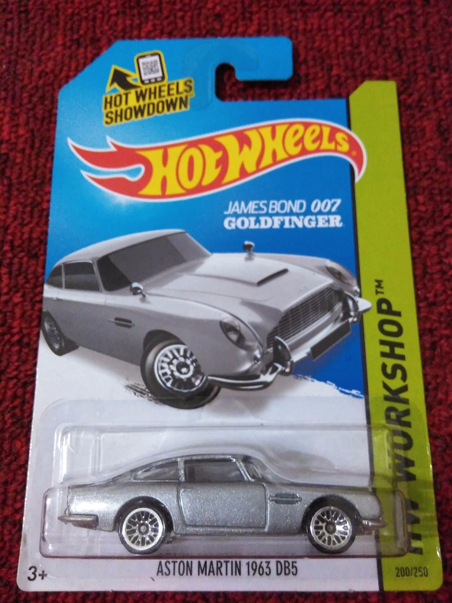 jual hot wheels aston martin 1963 db5 - james bond 007 - alvaro