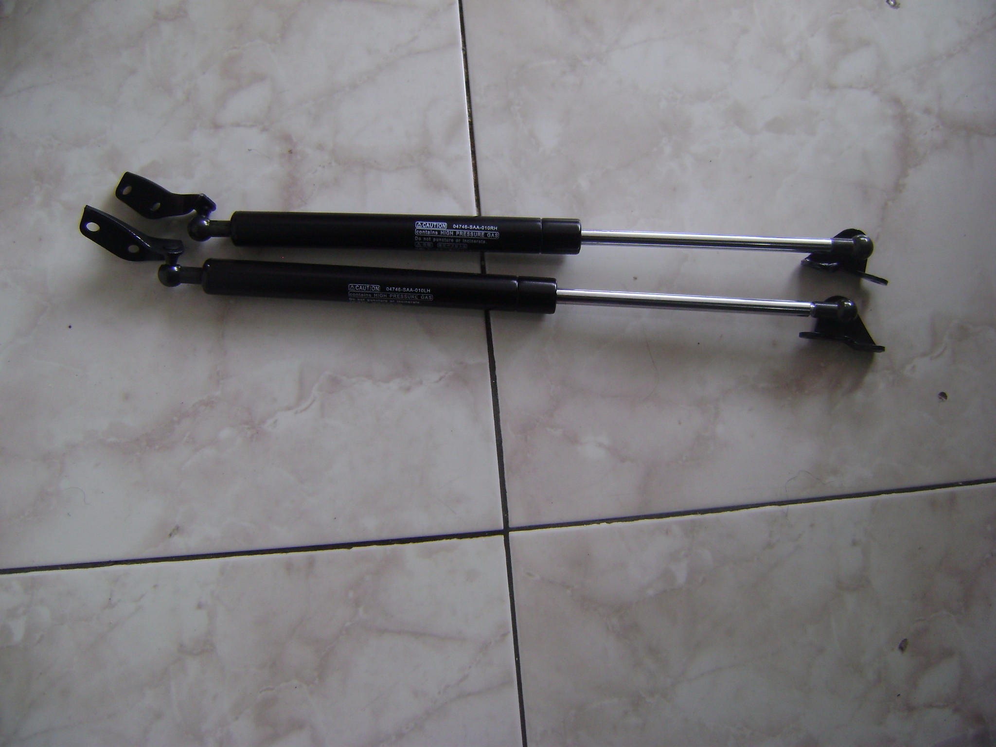 SHOCK BAGASI HONDA JAZZ (1Set)
