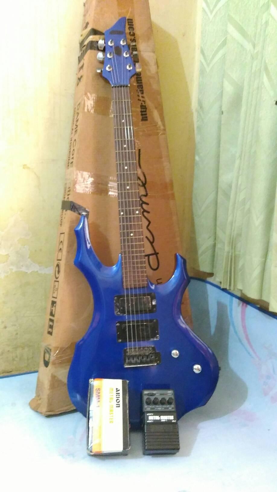 harga gitar elektrik merk dame + efek arion metal master Tokopedia.com