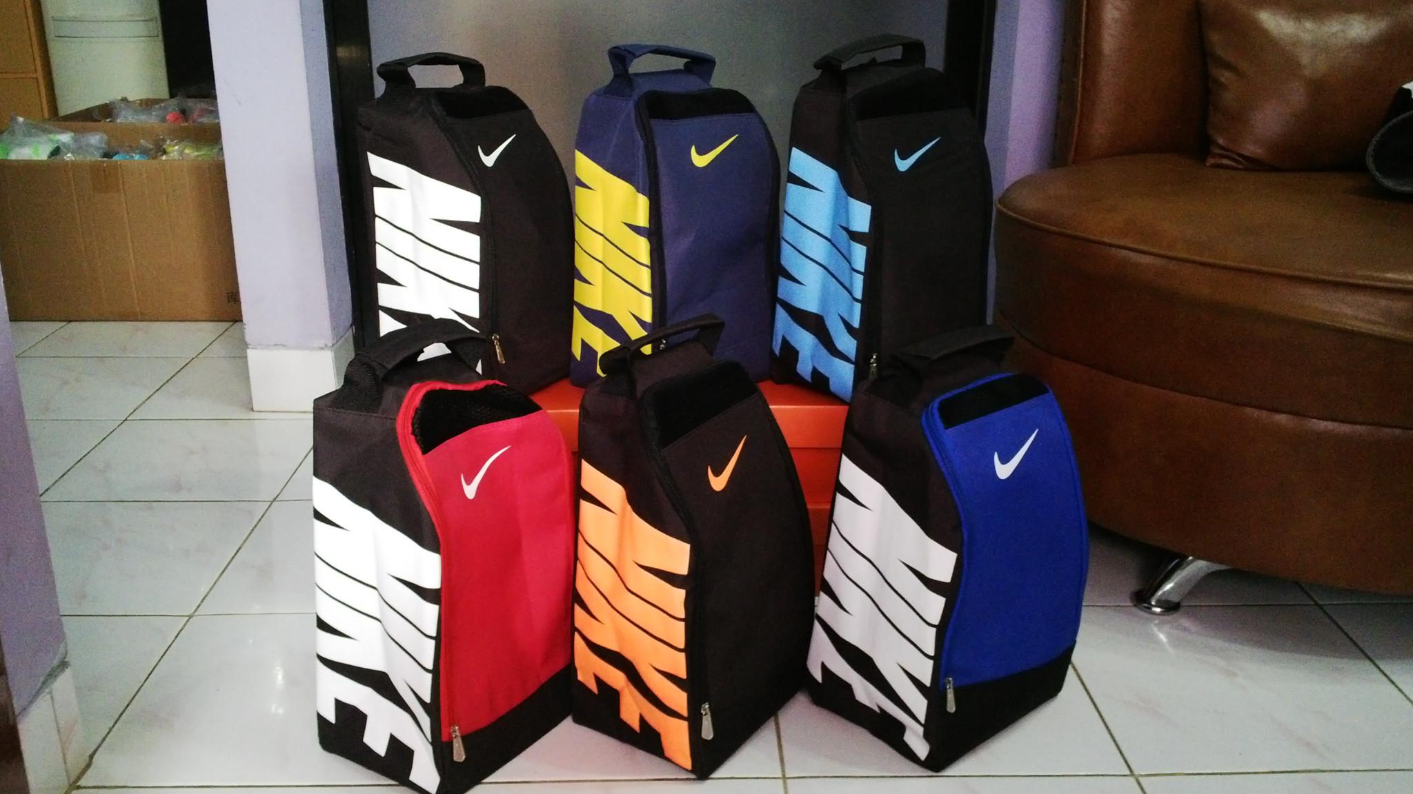 Jual tas sepatu Nike (murah grosir olahraga sepak Bola futsal basket ... 7ccacbd6e1
