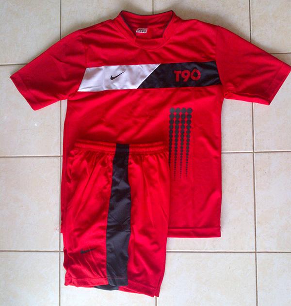 Kaos Setelan Nike T90 Merah (Futsal,Bola,Volly,Olahraga,Senam) Grosir