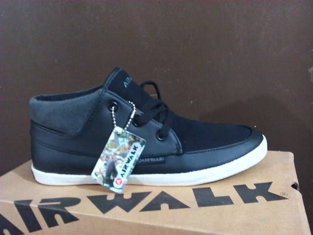 Sepatu casual original AIRWALK PHILLIP - black
