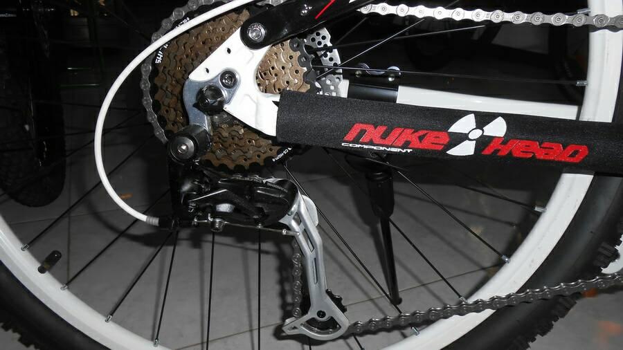 Sepeda Gunung Wimcycle Boxer 41 27 Speed Shimano Alivio