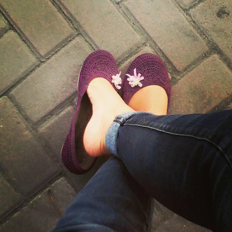 Sepatu Rajut Custom Bunga Plastik Murah