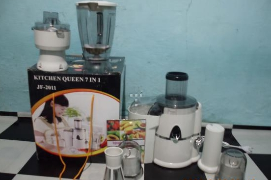 Queen S Slow Juicer : Jual POWER JUICER KITCHEN QUEEN 7 IN 1 - Sobat Store Tokopedia