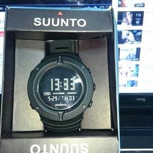 Jam tangan Suunto