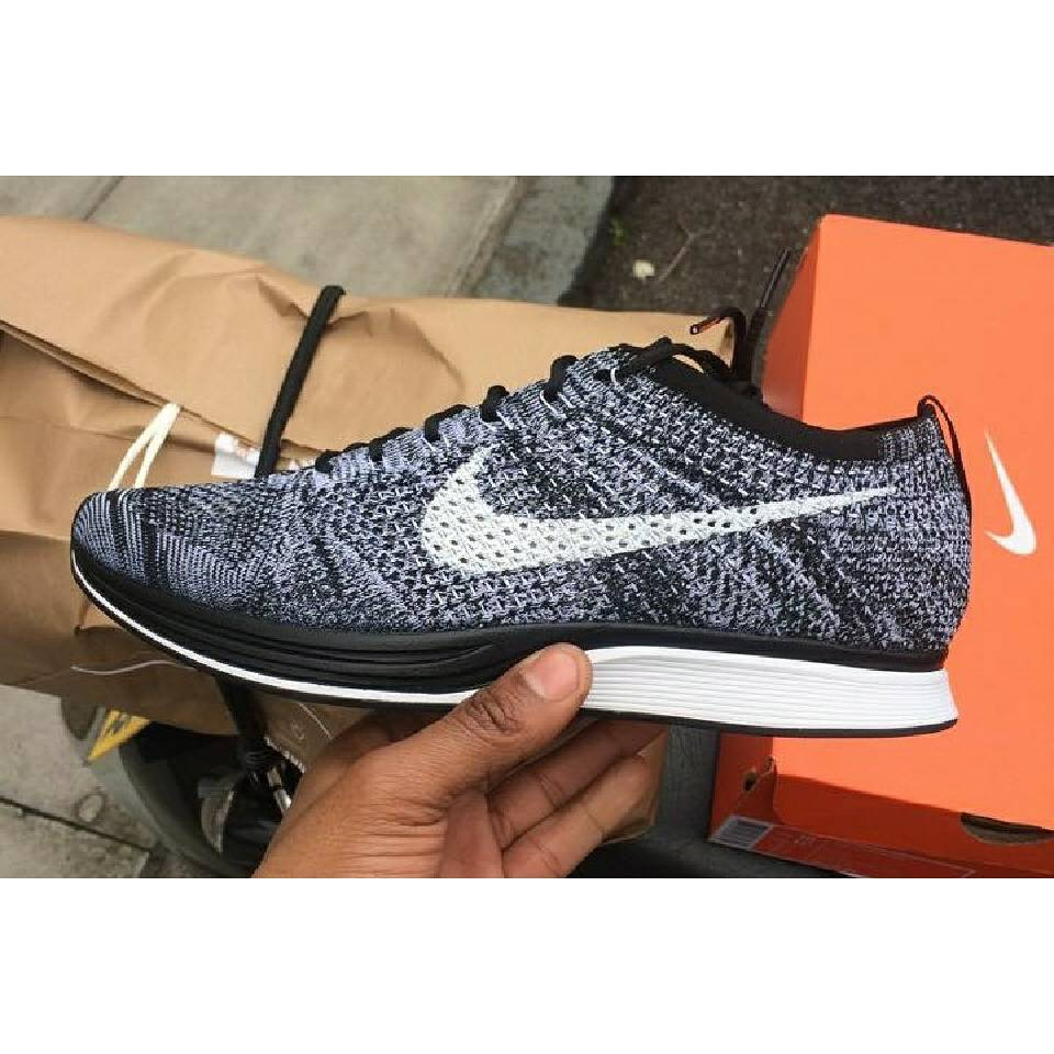 new style 1f6f7 98768 ... jual nike flyknit racer oreo . ...