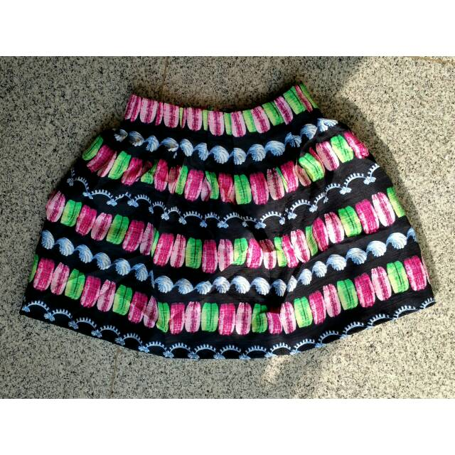 harga macaroons blue base pleated skirt Tokopedia.com