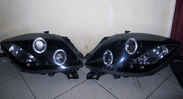 harga Headlamp Toyota Yaris 05-08 Projector Angel Eyes Crystal Black Tokopedia.com