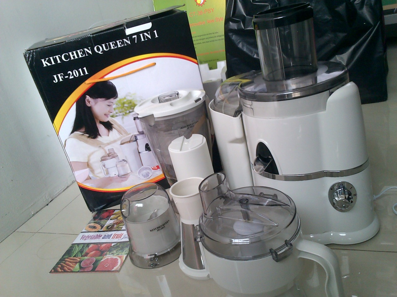 Queen S Slow Juicer : Kitchen Queen Cooker Power Juicer 7 in 1 Blender Makanan Bayi Moegen Germany Alat Buat Susu ...