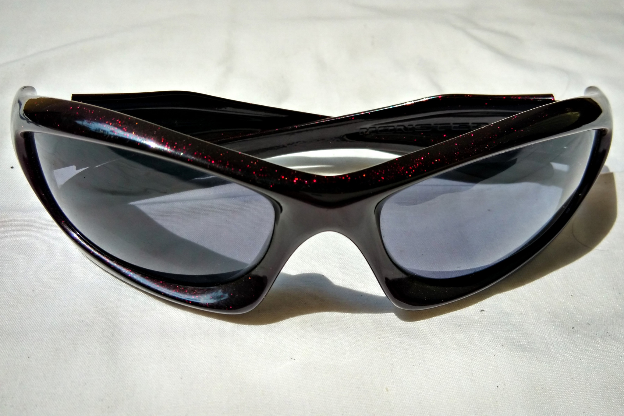 b4cde1698d Oakley Cinder Red « One More Soul